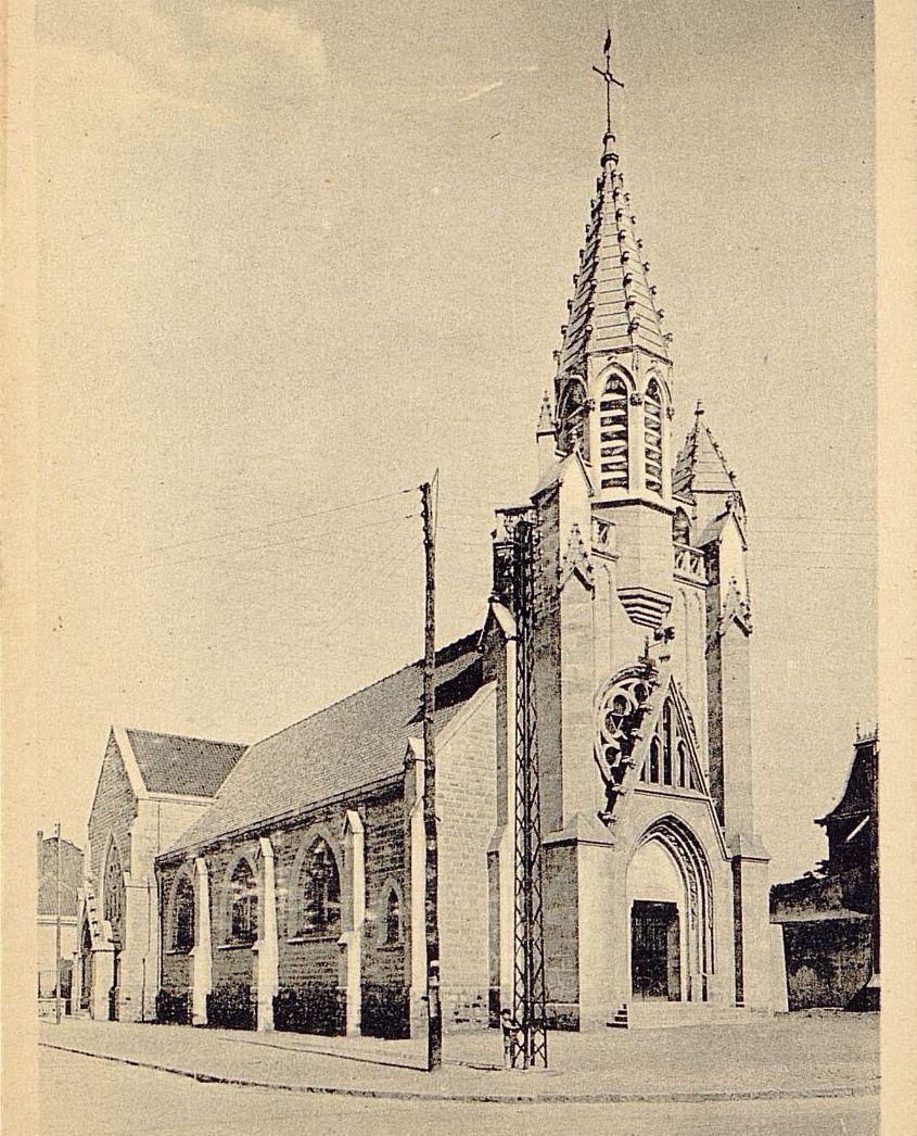 église avec deux clochers